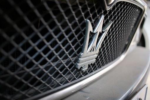 Il sogno dell'auto da corsa: Maserati e Ferrari