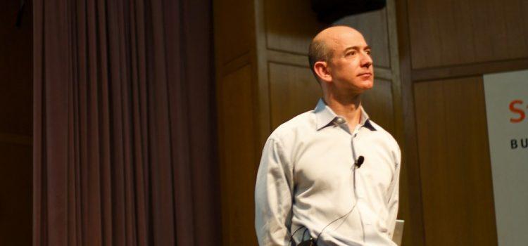 Jeff Bezos, l'uomo più ricco del mondo, ma senza Giove…